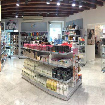 Sash - Negozio di Prodotti per Parrucchieri a Brescia